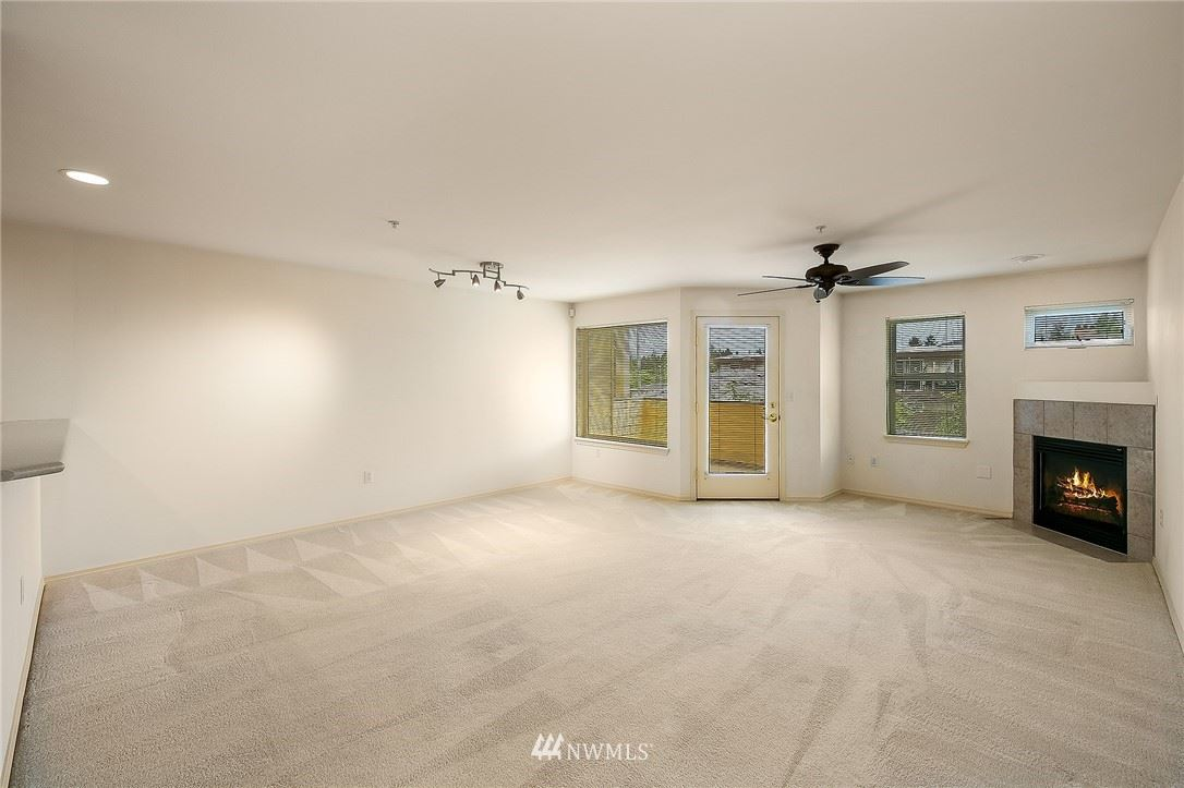 Photo of 430 SW 156th Street #202, Burien, WA 98166 (MLS # 1791291)