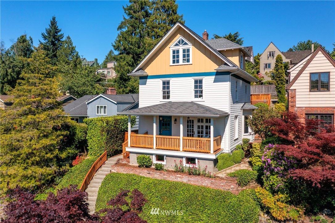 Photo of 4154 42nd Avenue NE, Seattle, WA 98105 (MLS # 1783292)