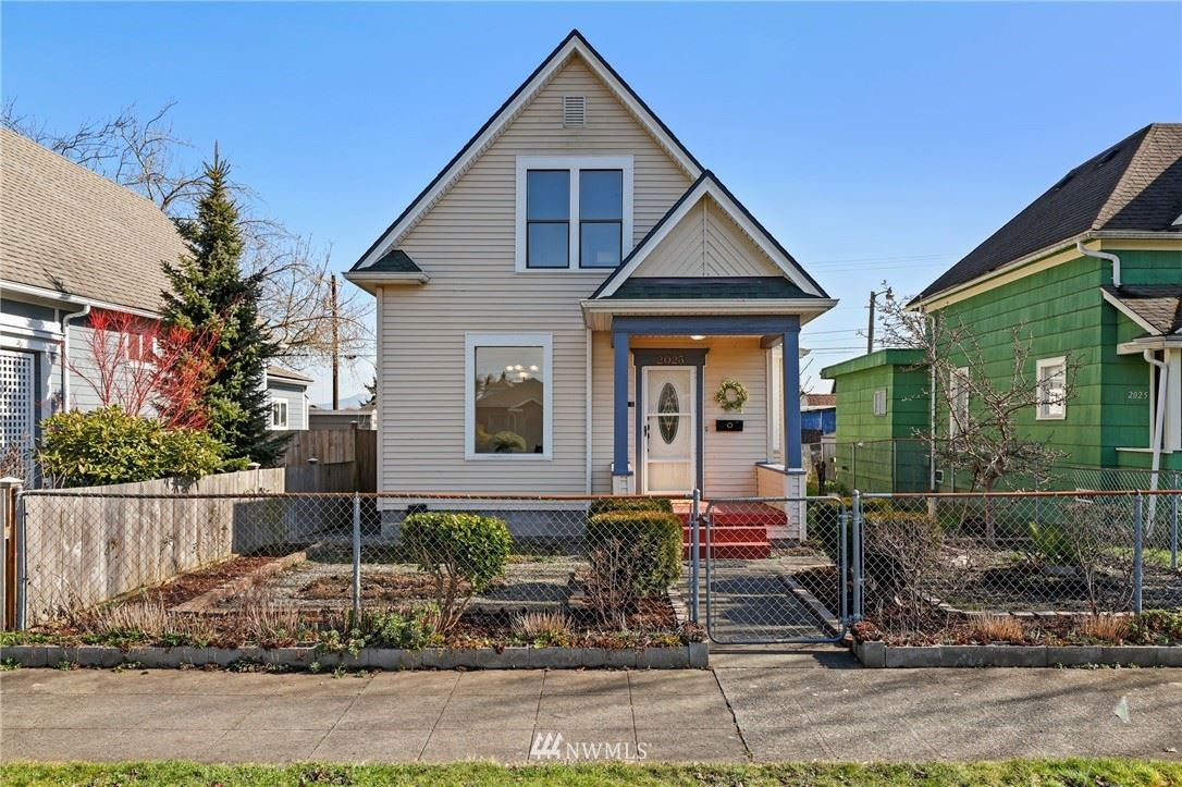 Photo of 2023 Wetmore Avenue, Everett, WA 98201 (MLS # 1717297)