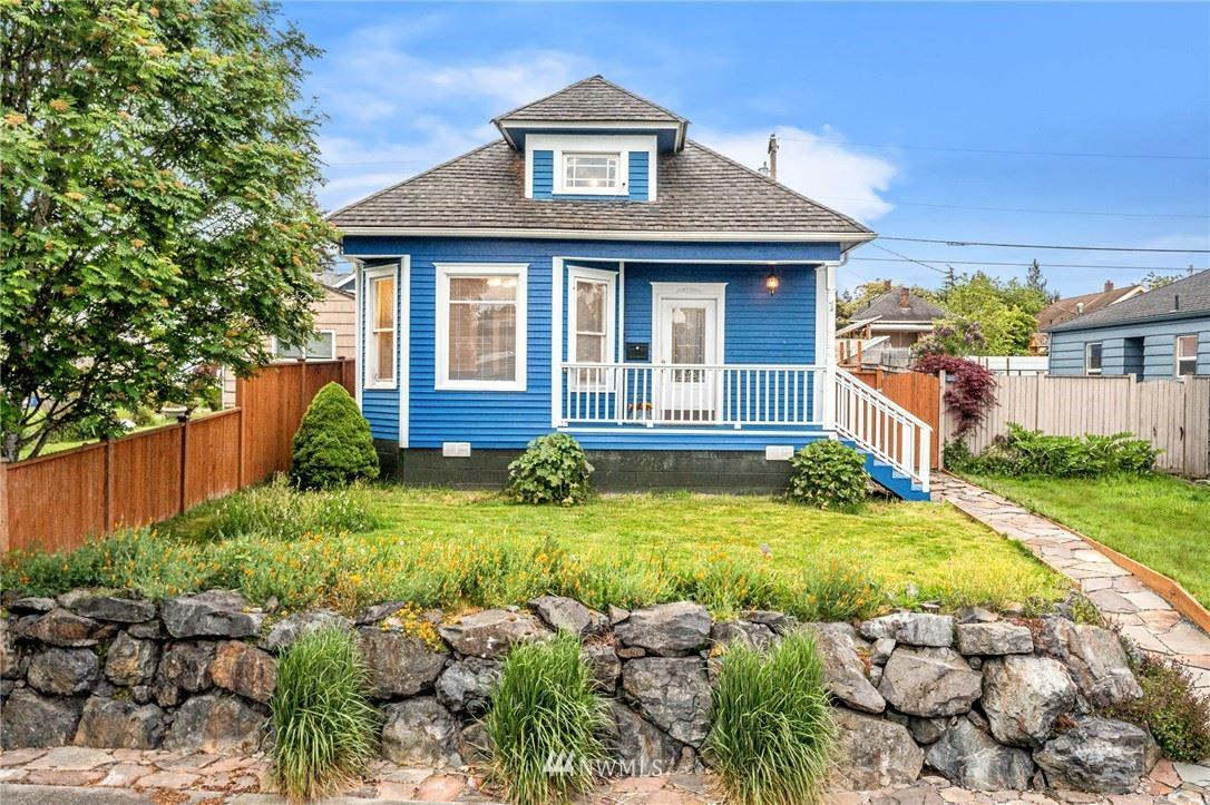 Photo of 2509 Rainier Avenue, Everett, WA 98201 (MLS # 1778297)