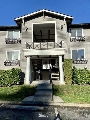 Photo of 15415 35th Avenue W #E206, Lynnwood, WA 98087 (MLS # 1682299)