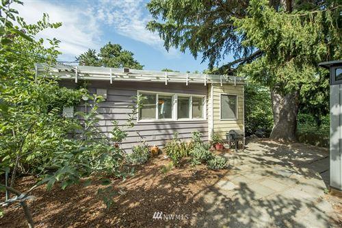 Photo of 1207 S Trenton Street, Seattle, WA 98108 (MLS # 1816301)