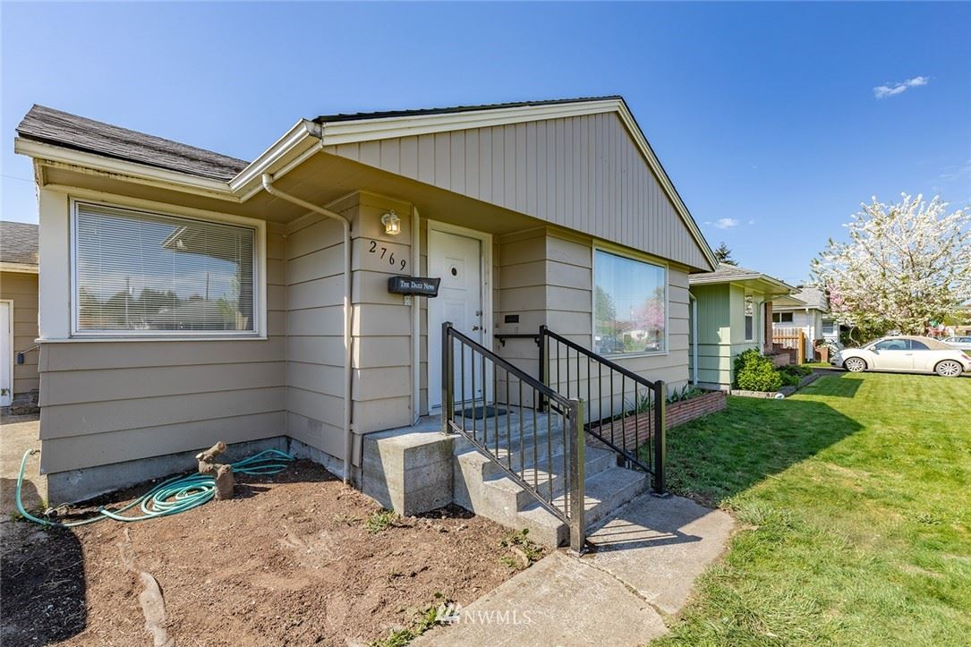 Photo of 2769 Maryland Street, Longview, WA 98632 (MLS # 1761301)
