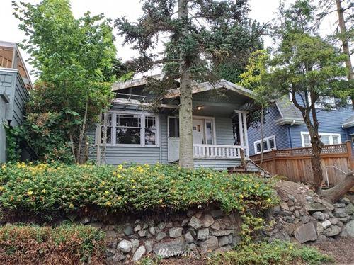 Photo of 2408 N 41st St, Seattle, WA 98103 (MLS # 1625303)
