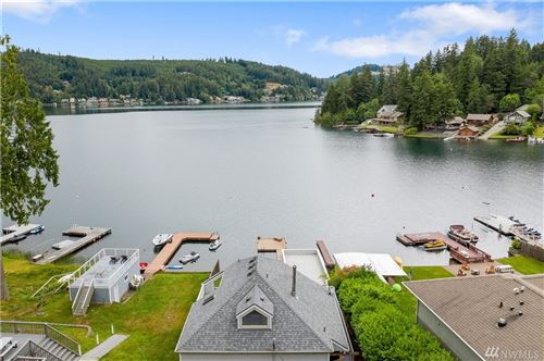 Photo of 705 Summit Lake Shore Rd NW, Olympia, WA 98502 (MLS # 1629303)