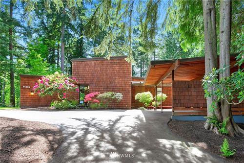 Photo of 14450 NE 16th Place, Bellevue, WA 98007 (MLS # 1767303)