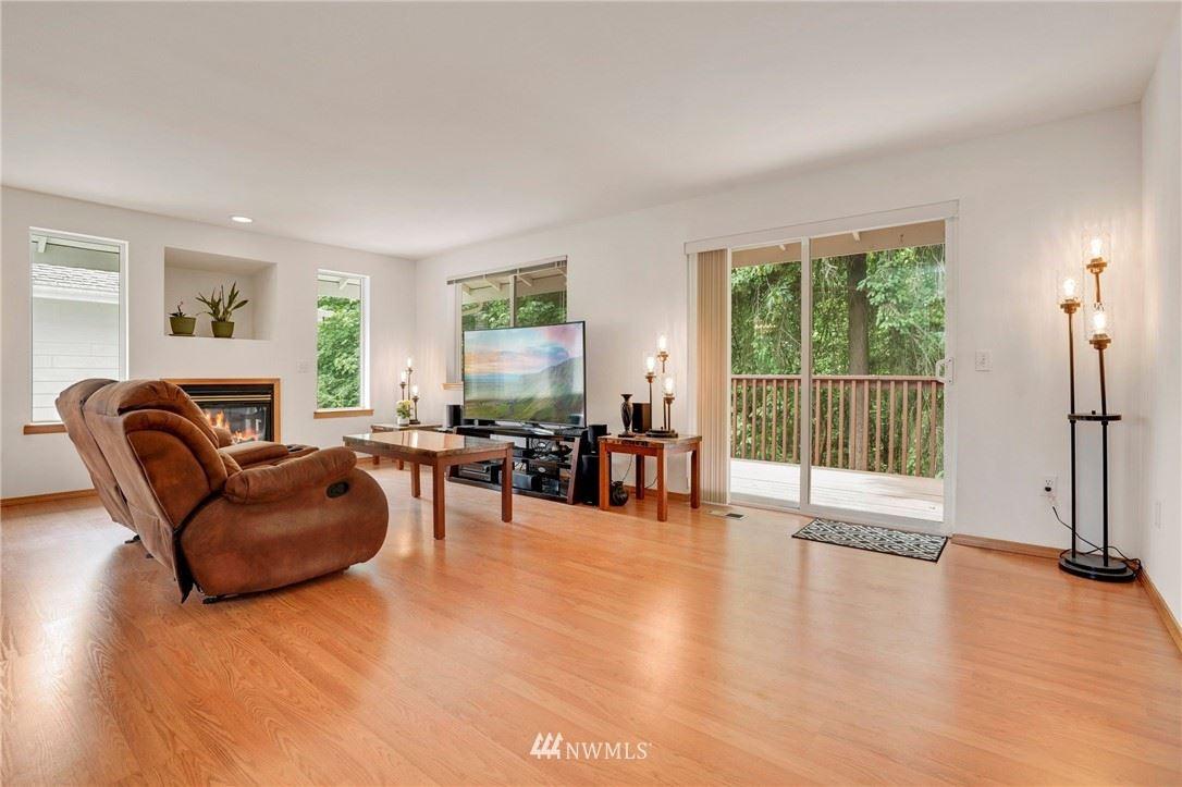 Photo of 22104 48th Avenue W, Mountlake Terrace, WA 98043 (MLS # 1786303)