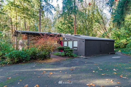 Photo of 7802 NE 112th Street, Kirkland, WA 98034 (MLS # 1694305)