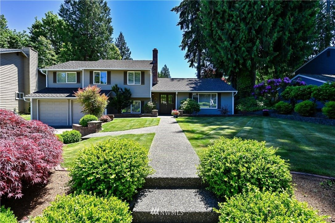 Photo of 4628 189th Place SE, Issaquah, WA 98027 (MLS # 1782305)