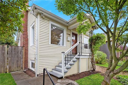 Photo of 8206 Fremont Avenue N, Seattle, WA 98103 (MLS # 1840308)
