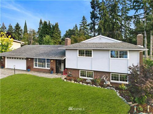 Photo of 12135 SE 68th Place, Bellevue, WA 98006 (MLS # 1644310)