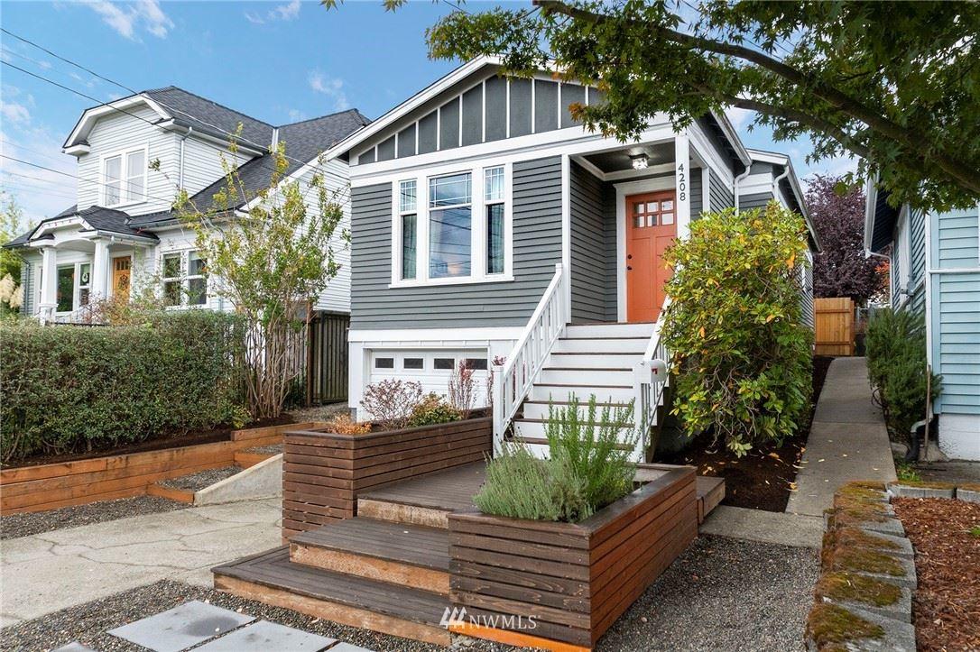 4208 S Spencer Street, Seattle, WA 98118 - MLS#: 1855310