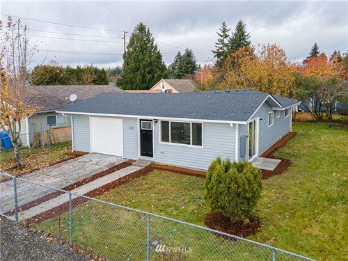 Photo of 317 128th Street S, Tacoma, WA 98444 (MLS # 1692313)