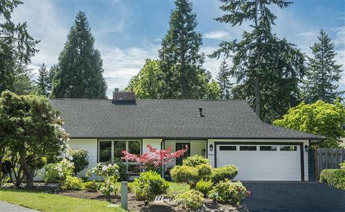 Photo of 16851 NE 25th Street, Bellevue, WA 98008 (MLS # 1785314)