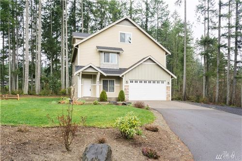 Photo of 901 SW Norpoint Ct, Port Orchard, WA 98367 (MLS # 1548316)