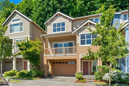 Photo of 493 Lingering Pine Dr NW, Issaquah, WA 98027 (MLS # 1619316)