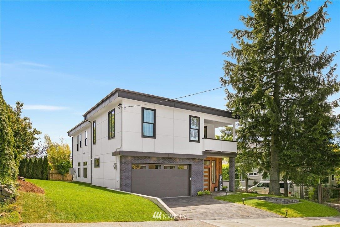 Photo of 3727 SW IDA Street, Seattle, WA 98126 (MLS # 1784316)
