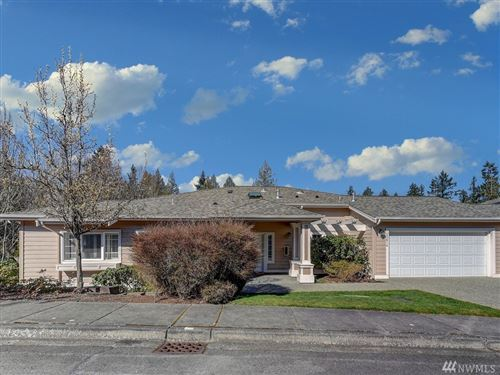 Photo of 22616 SE 44th Place, Issaquah, WA 98029 (MLS # 1580318)