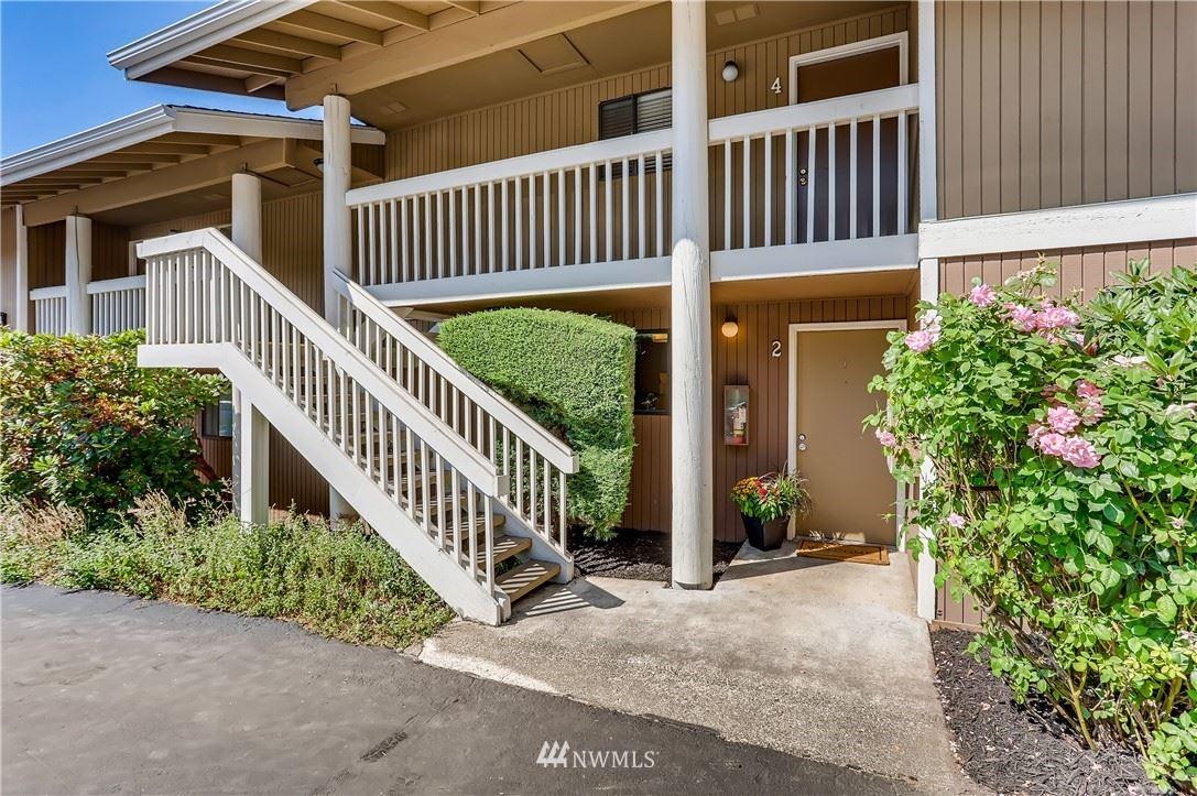 14130 SE 17th Place #C2, Bellevue, WA 98005 - #: 1827320