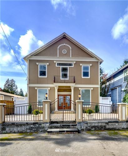 Photo of 11003 Fremont Avenue N, Seattle, WA 98133 (MLS # 1731324)