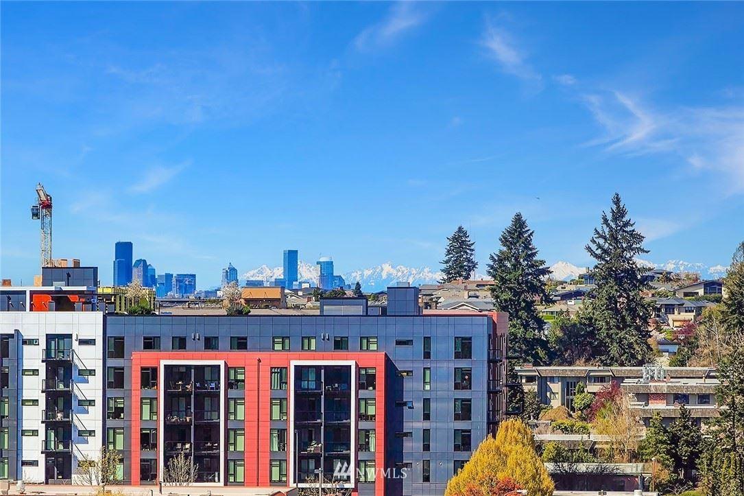 Photo of 1100 106th Avenue NE #811, Bellevue, WA 98004 (MLS # 1778325)