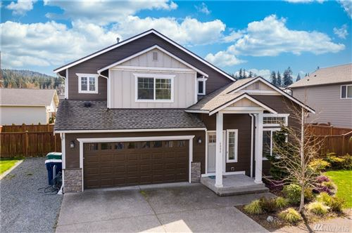 Photo of 4006 H Ave, Anacortes, WA 98221 (MLS # 1587326)