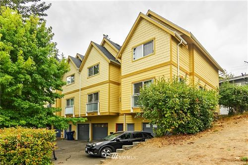 Photo of 7630 SW Highland Park Way, Seattle, WA 98106 (MLS # 1669326)