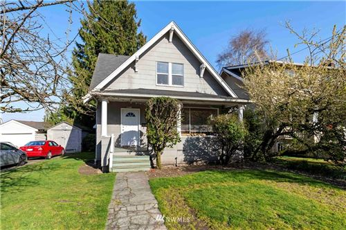 Photo of 5012 20th Avenue NE, Seattle, WA 98105 (MLS # 1764326)