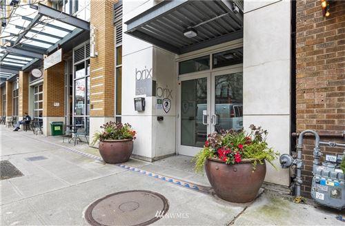 Photo for 530 Broadway E #414, Seattle, WA 98102 (MLS # 1813326)
