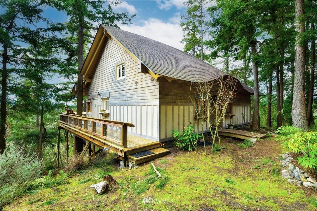 Photo of 7422 Decatur Place, Anacortes, WA 98221 (MLS # 1682326)