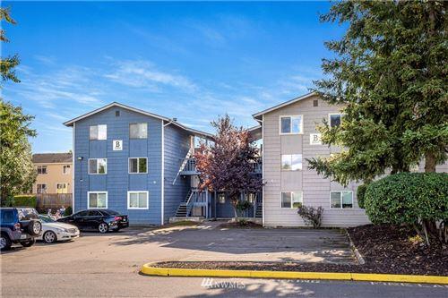 Photo of 3302 I Street NE #B301, Auburn, WA 98002 (MLS # 1678328)