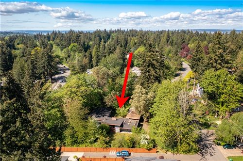 Photo of 4833 90th Avenue SE, Mercer Island, WA 98040 (MLS # 1771328)