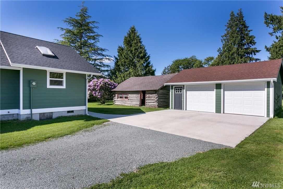 Photo of 9465 Chuckanut Dr, Burlington, WA 98233 (MLS # 1607330)