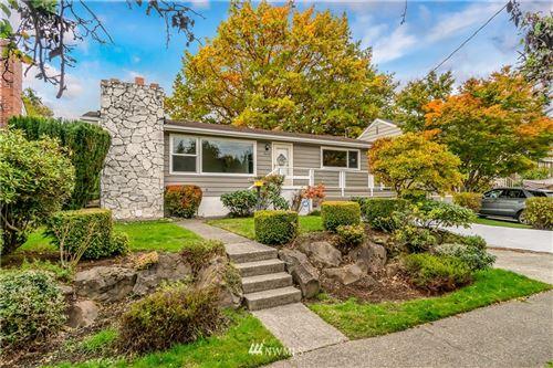 Photo of 3616 33rd Avenue W, Seattle, WA 98199 (MLS # 1857334)