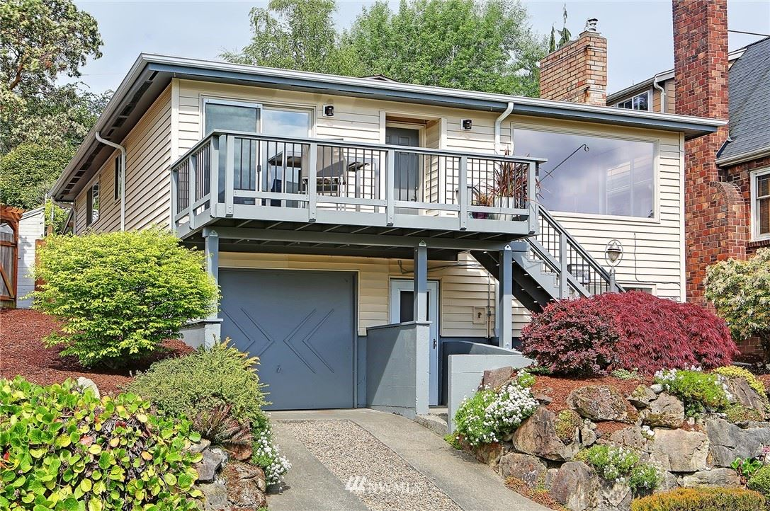 Photo of 4023 Fauntleroy Way SW, Seattle, WA 98126 (MLS # 1766334)