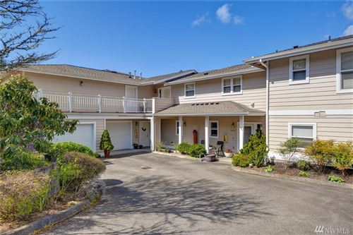 Photo of 4431 Providence Point Place SE #2630, Issaquah, WA 98029 (MLS # 1587336)