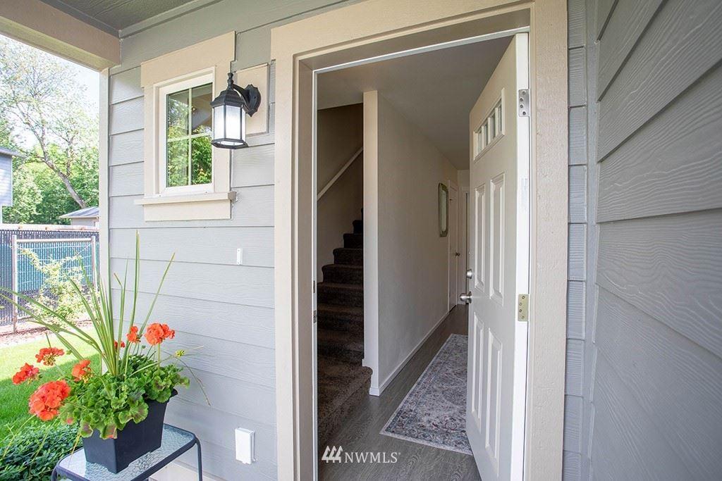 Photo of 25934 School House Place NE, Kingston, WA 98346 (MLS # 1781336)