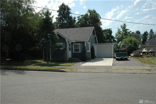 Photo of 1714 16th St E, Sumner, WA 98390 (MLS # 1640337)
