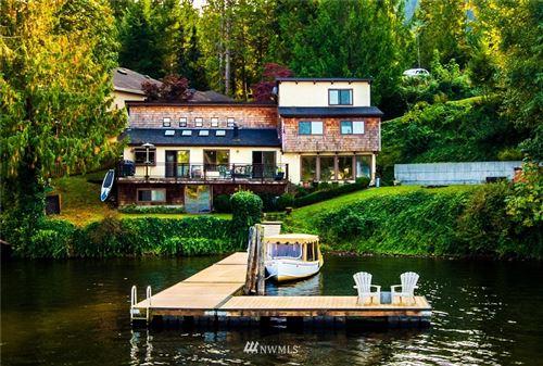 Photo of 18583 W Big Lake Blvd W, Mount Vernon, WA 98274 (MLS # 1672337)