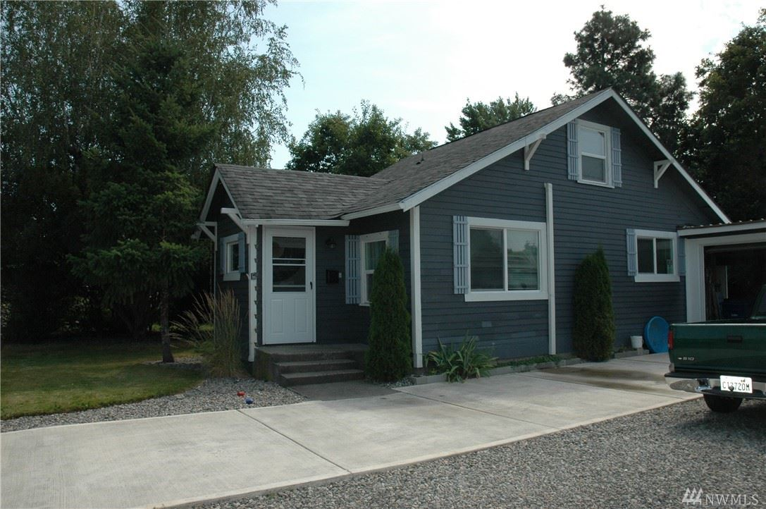 Photo of 1714 16th St E, Sumner, WA 98390 (MLS # 1640337)