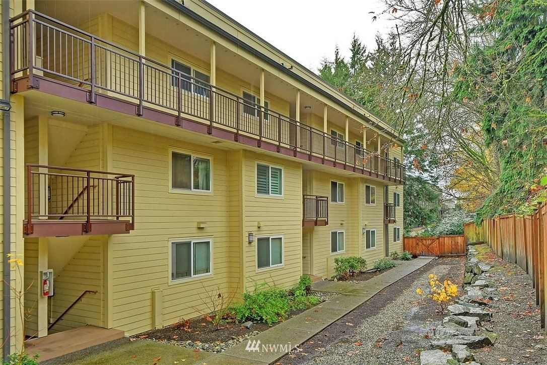 Photo of 5824 NE 75th Street #D 206, Seattle, WA 98115 (MLS # 1691337)