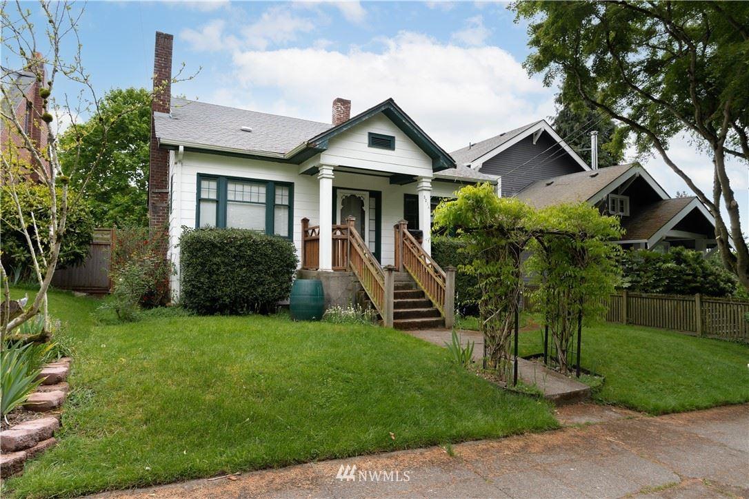 Photo of 5214 35th Avenue NE, Seattle, WA 98105 (MLS # 1767338)