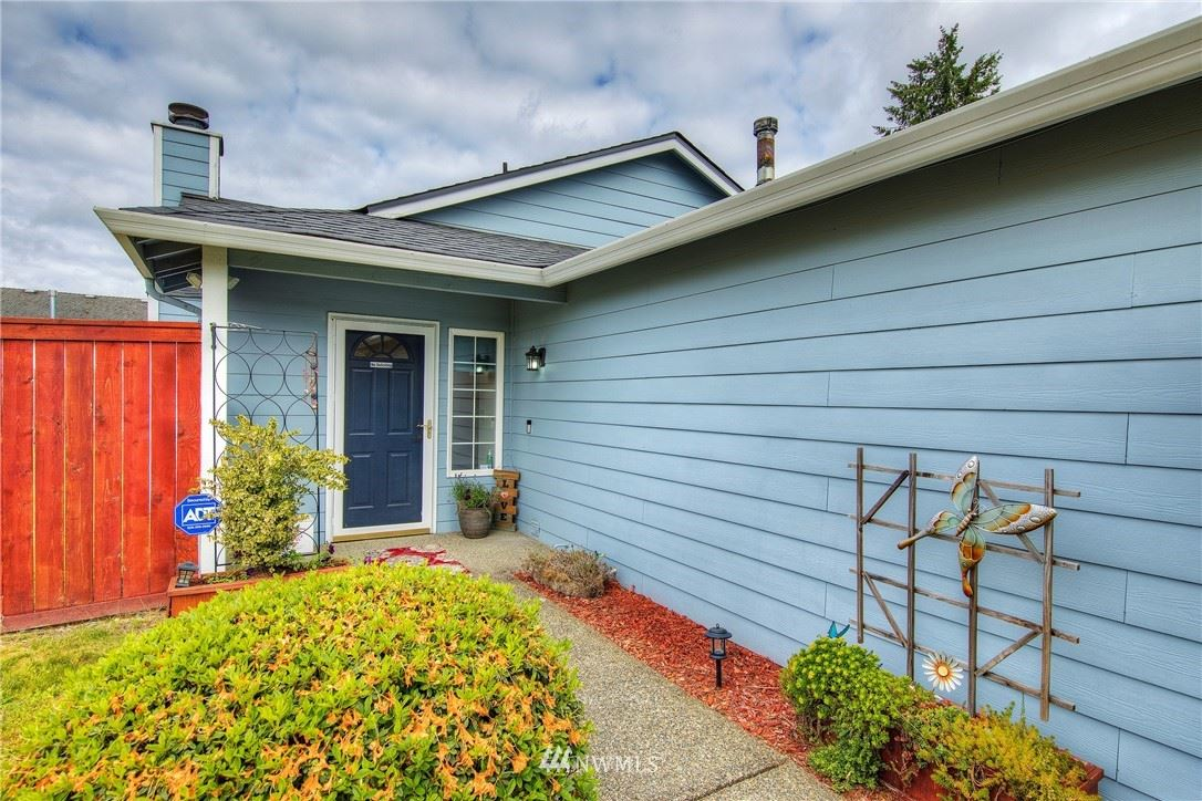 Photo of 27755 212th Place SE, Maple Valley, WA 98038 (MLS # 1786339)