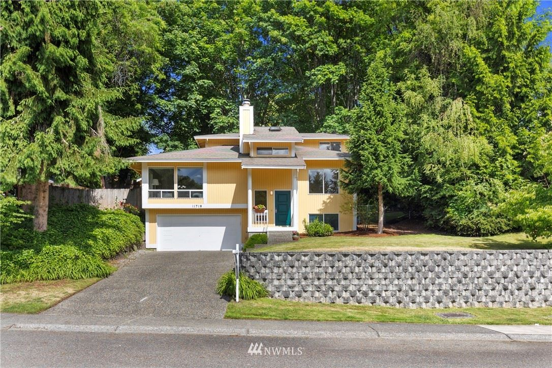 Photo of 11719 134th Place NE, Redmond, WA 98052 (MLS # 1792339)