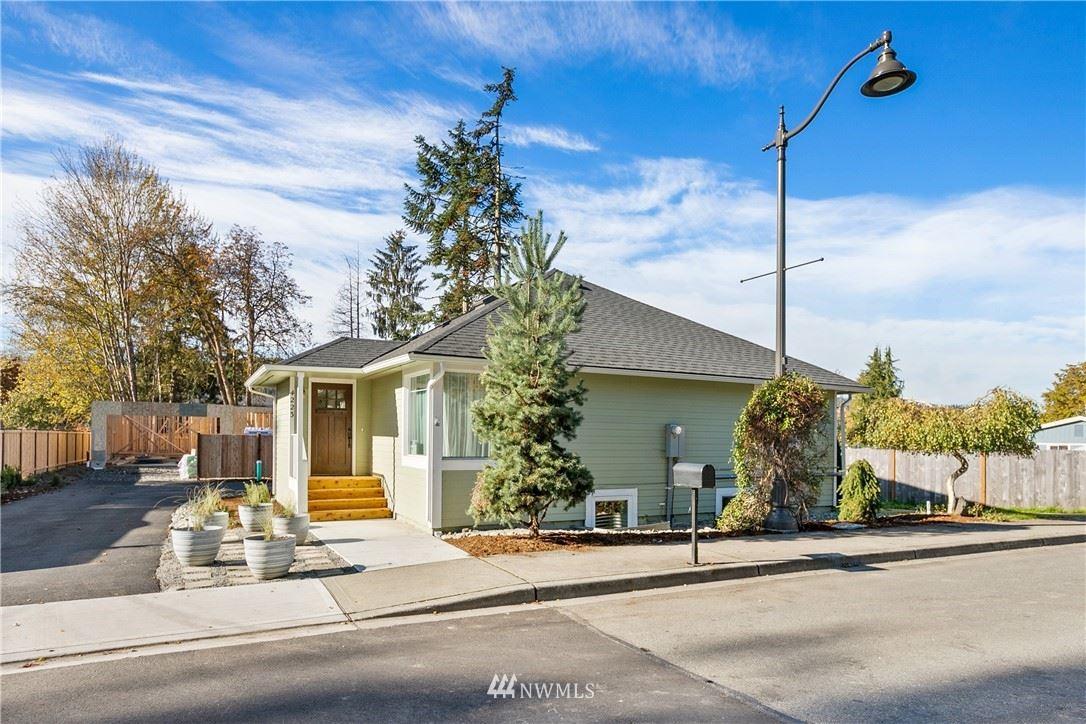 Photo of 4223 Stossel Avenue, Carnation, WA 98014 (MLS # 1683341)