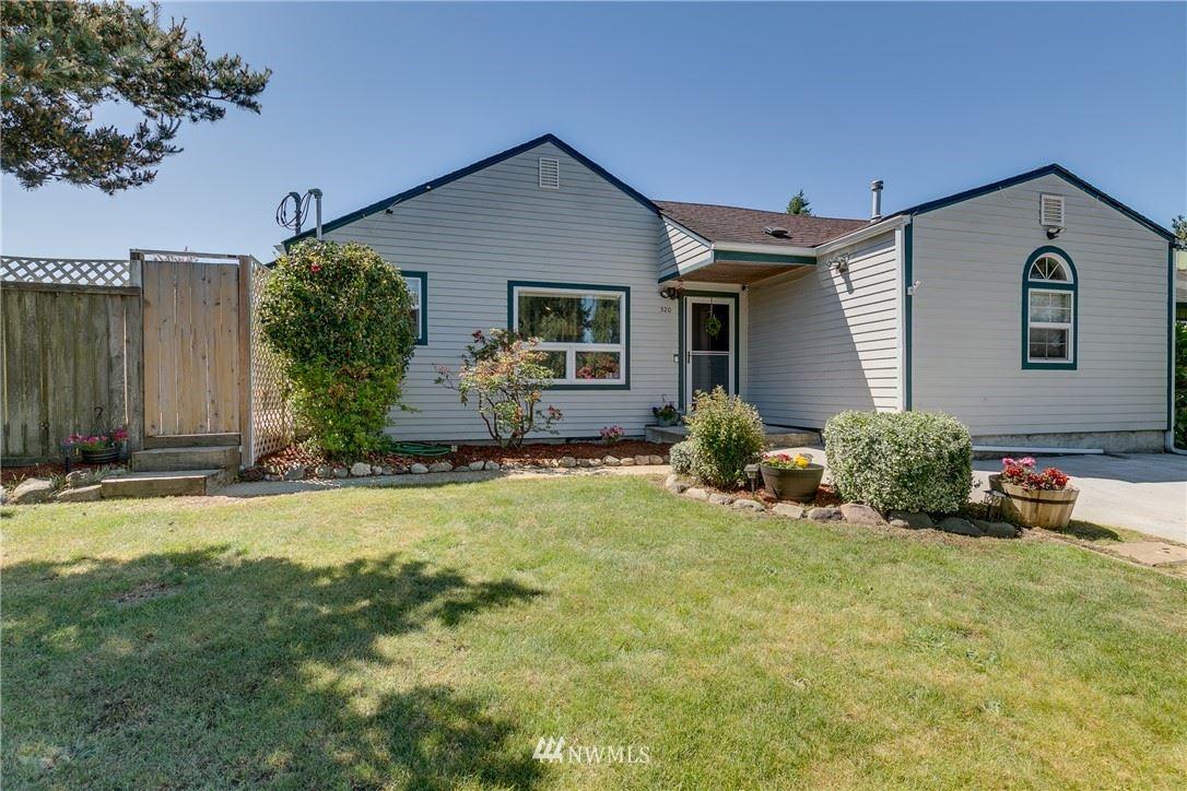 Photo of 320 42nd Street SW, Everett, WA 98203 (MLS # 1784343)