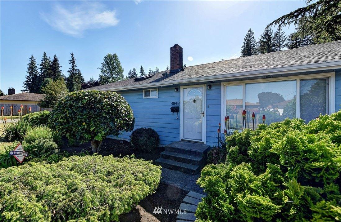 Photo of 4842 College Avenue, Everett, WA 98203 (MLS # 1785343)