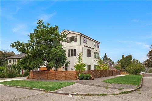 Photo of 1601 29th Avenue, Seattle, WA 98122 (MLS # 1664345)