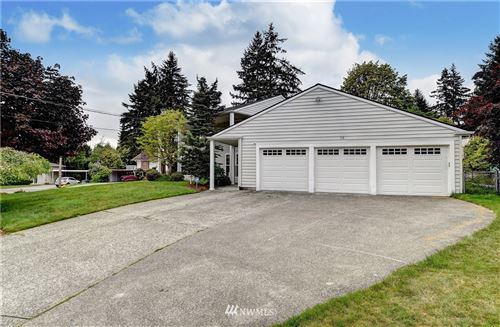Photo of 15 165th Avenue SE, Bellevue, WA 98008 (MLS # 1767346)