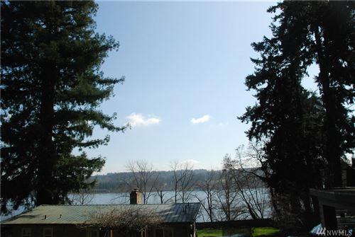 Photo of 5035 NE 178th St, Lake Forest Park, WA 98155 (MLS # 1581347)
